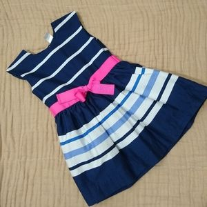 Cute Carter's dress with bow. 3T